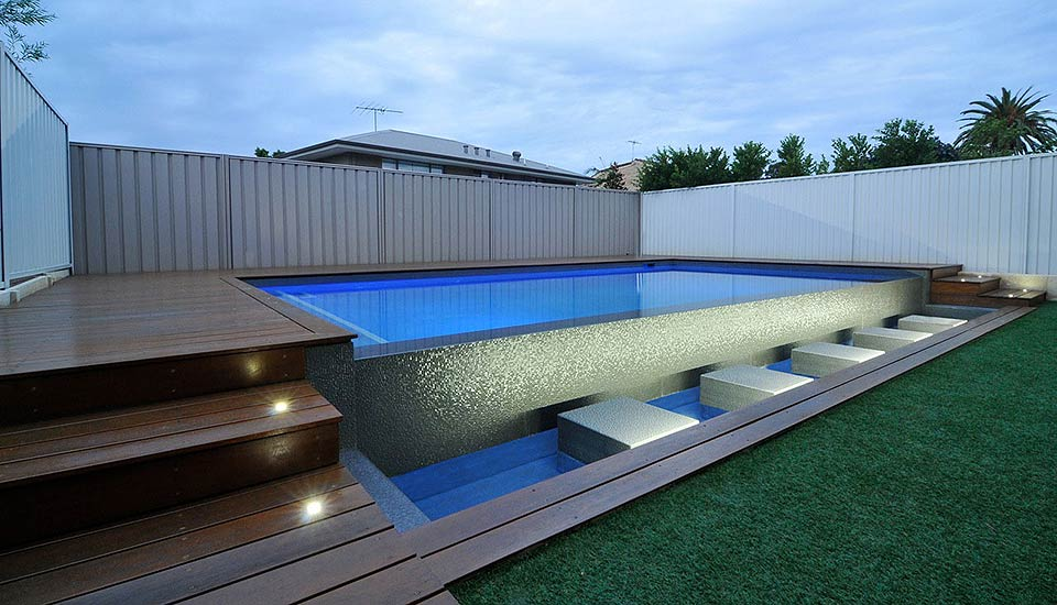 Swimming pool lighting pools by design perth for Pool design perth