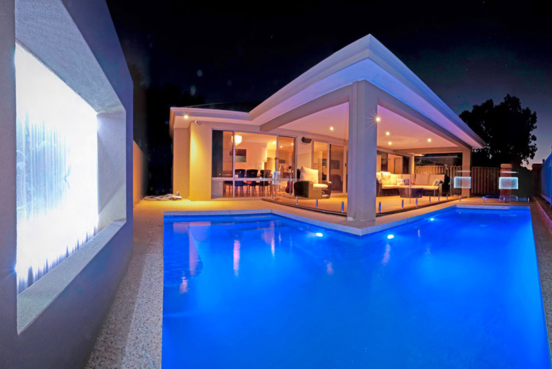 Baldivis Concrete Geometric Pool - Pool Lighting