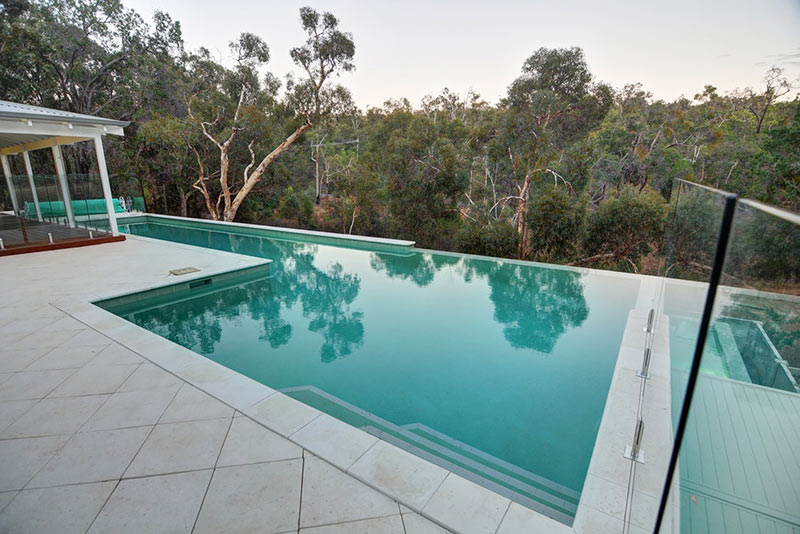 Hovea Concrete Infinity Edge Pool - Paving and Coping