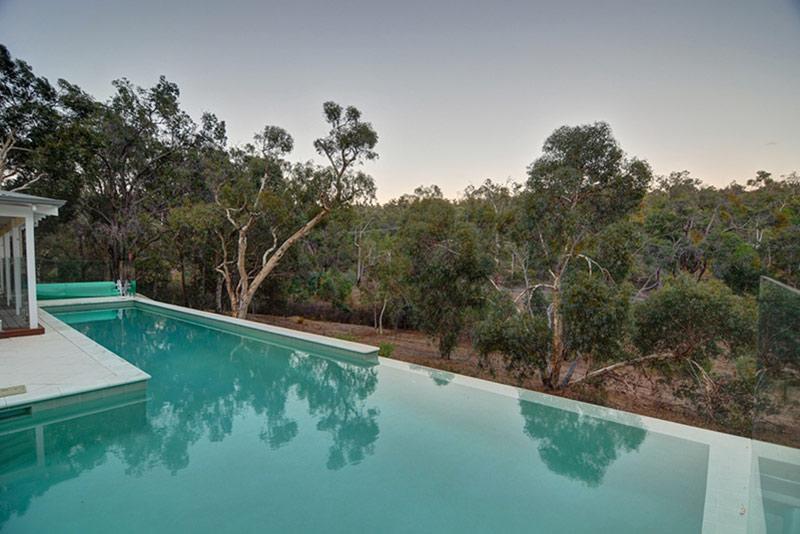 Hovea Concrete Infinity Edge Pool - Spillover