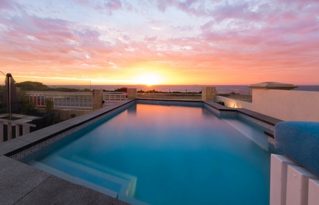 Cottesloe Beach Concrete Plunge Pool - Sunset and Pool Entry