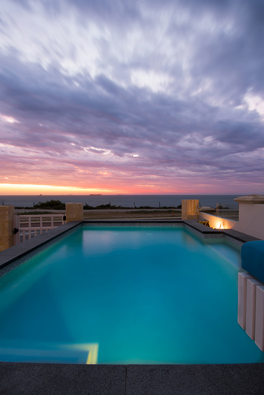 Cottesloe Beach Concrete Plunge Pool - Ocean View Sunset