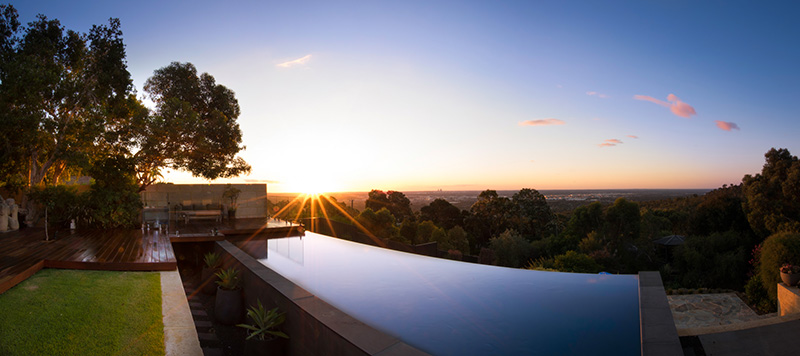 Lesmurdie Concrete Infinity Edge Pool - Vanishing Edge