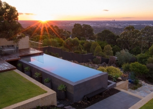 Lesmurdie Concrete Infinity Edge Pool - Pool of the Year Award Winner