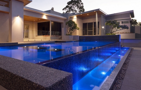 Banjup Infinity Edge Pool - Feature Piers and Mosaic tiled Spillover