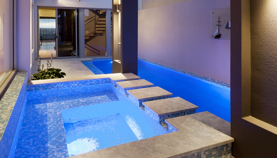 Concrete swimming pool interiors pools by design perth for Pool show perth 2015