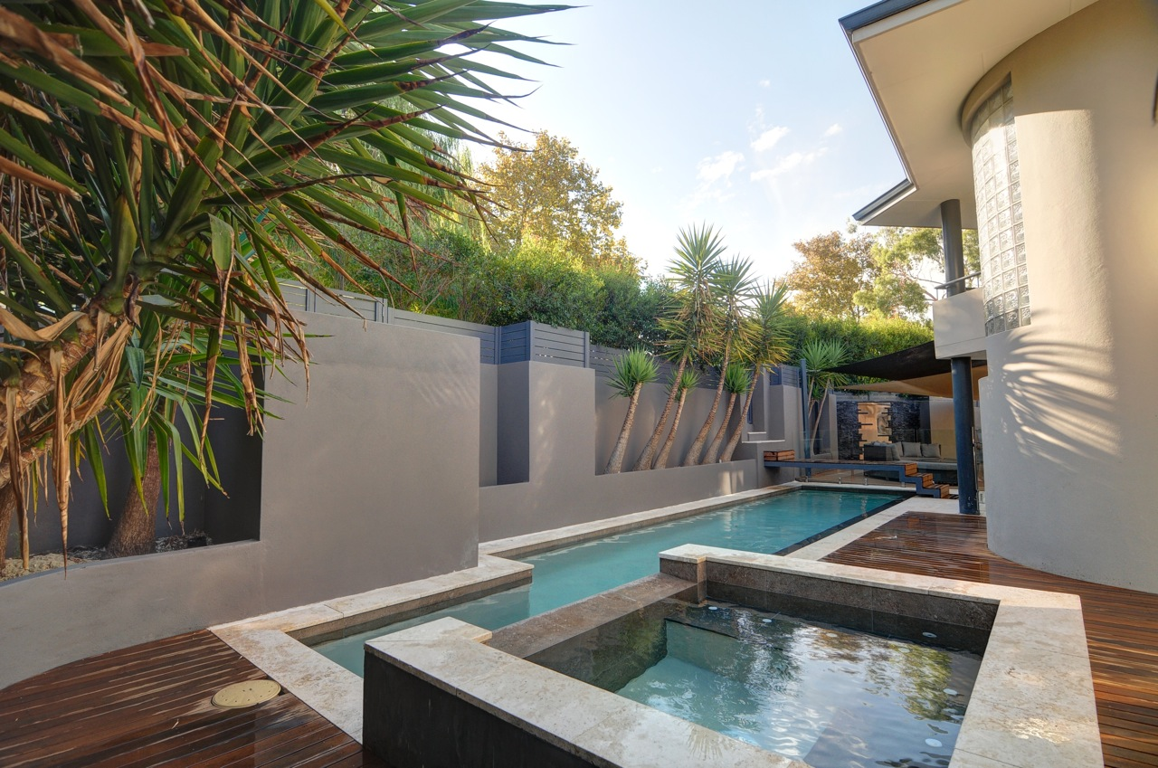 2014 bronze winner pool spa combination pools by for Pool design for mac