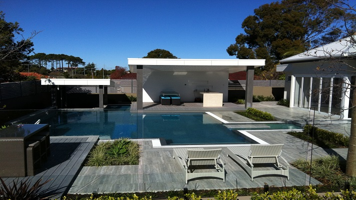 Pool of the Year 2015 - Bronze Concrete over 100