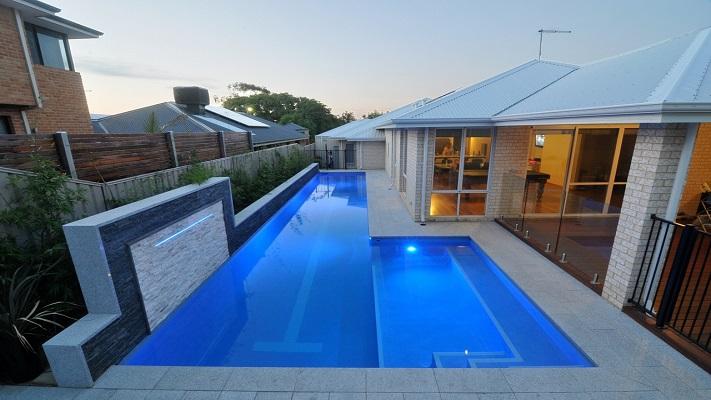 Lap Pool Pool Entry