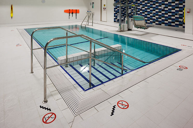Midland Hydrotherapy Pool - Wet Deck and Hand Rails