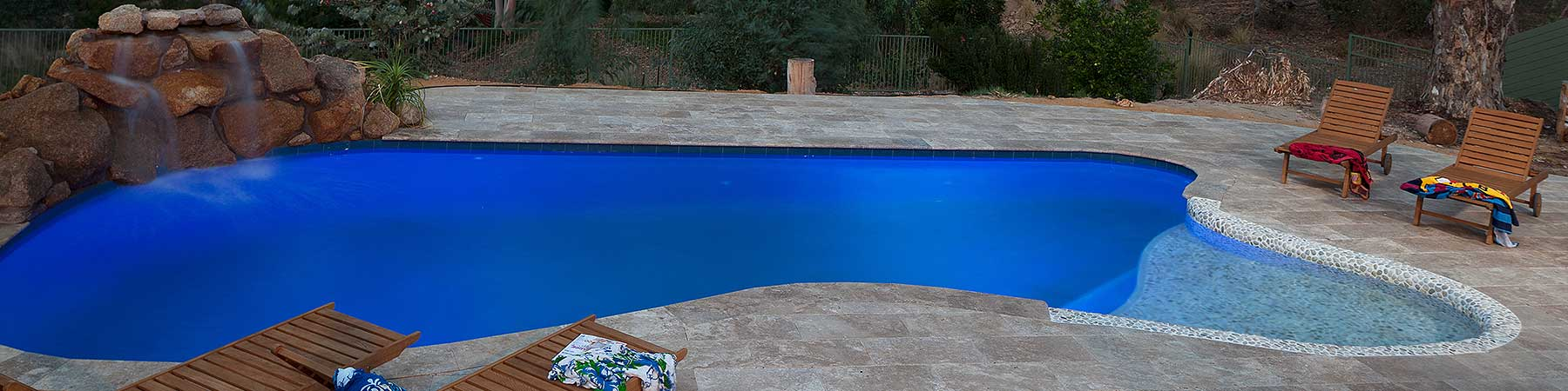 Concrete-Freeform-Pool-Swan-View-2nd-Image