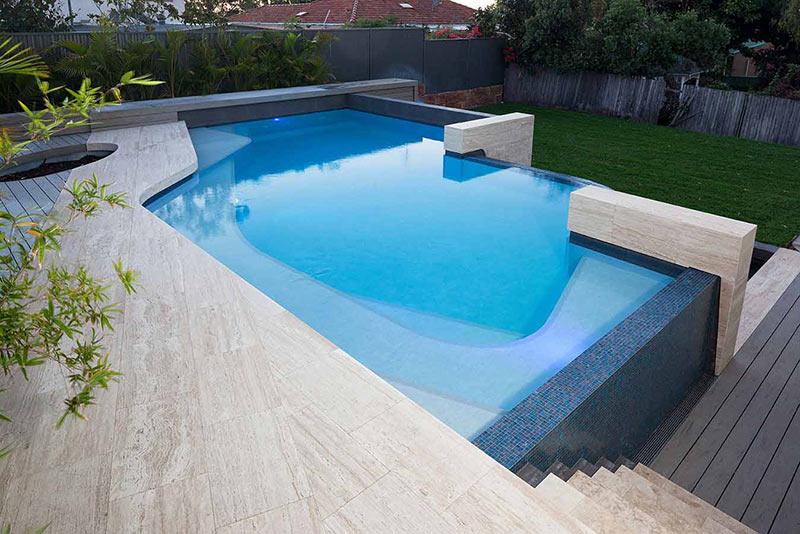 infinity edge freeform pool design
